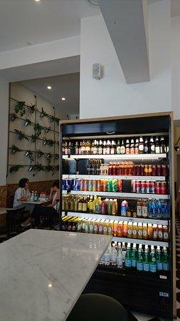 義式帕尼尼連鎖速食咖啡店環境