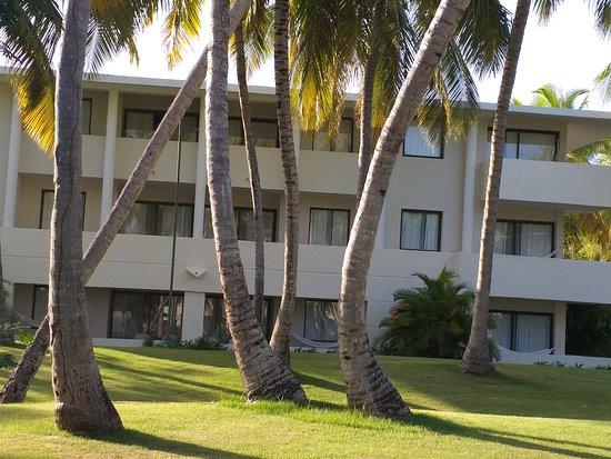Edificio de habitaciones con excelente vista