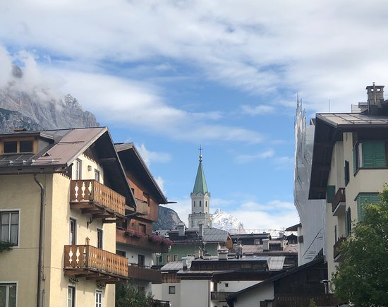 Cortina d'Ampezzo about town