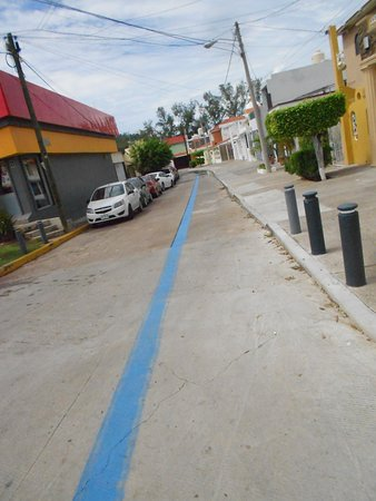 The Blue line just across from the Cruise terminal leads to central old town
