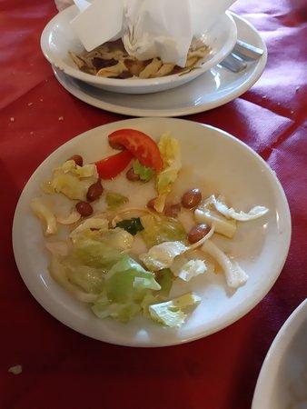 Boljun, Croacia: Salad for 2 on a small plate