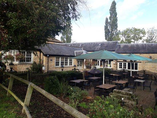 Stoke Bruerne, UK: The Navigation Inn