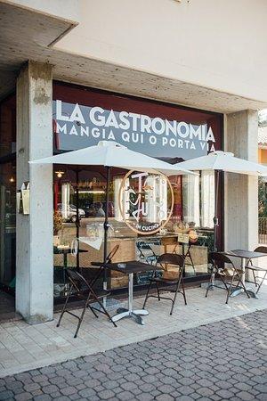 Toni di Gusto - Gastronomia