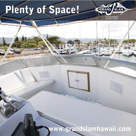 Haleiwa Hawaii, Fishing in Hawaii, Deep Sea Fishing Oahu, Oahu Fishing on the 47' Grand Slam! www.grandslamhawaii.com