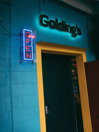 Golding's Free Dive, Wellington