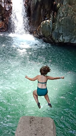 Aling Aling is one of the waterfalls that can jump and skate from a height
