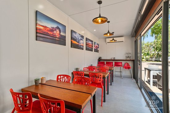 Internal Dining at Spilled the Beans Coffee Shop in Kununurra.
