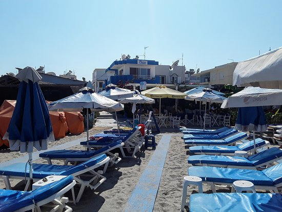 Tavernan asiakkaille rantapedit ilmaiseksi