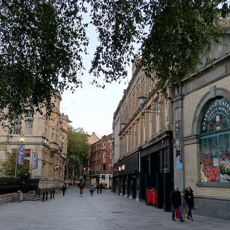 Around Cardiff City_4