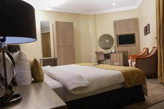 Akure, Nigeria: Enjoy the best facilities when you lodge at heritage continental hotel.