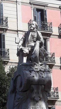 Monument to Frederic Soler i Hubert