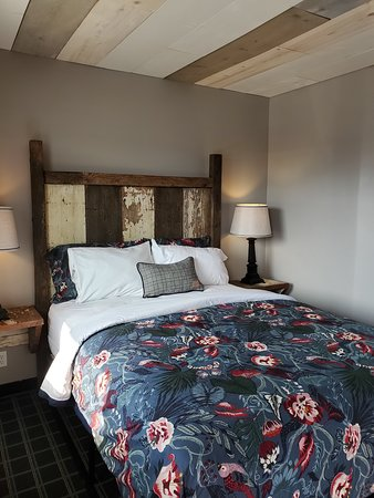 Our small, but comfortable Rolo - one queen guestroom. Features refrigerator, microwave and coffee pot.
