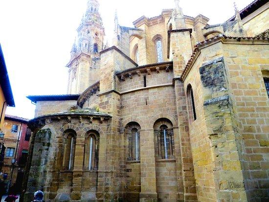 Celebración de la Cofradia del Vino de Rioja en Santo Domingo de la Calzada