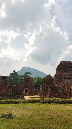 Private tour by local guides - Culture Pham Travel