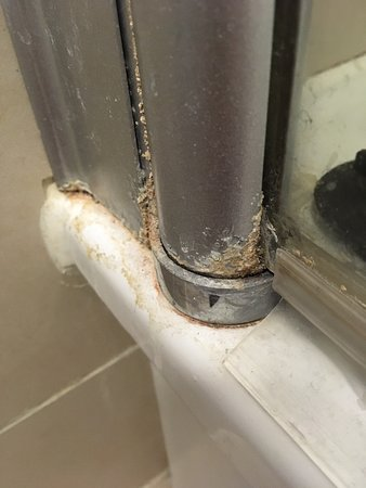 Limescale build up