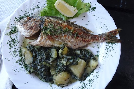 Grilled fish with blitva (chard and potatoes)