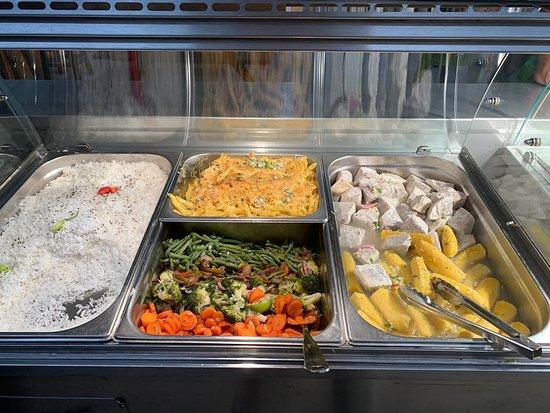 Black food's  Menu du jour 09/10/19   Grillades :  - Poulet 7,50€ - Ribbs 9€ - Brochette de bœuf 11€  - Brochette d'agneau 10€  - Brochette de rognon 7,50€ - Ailes de poulet 9,50€ - Cailles 9,50€  - Lambi 18€  - Saumon 15€  - Vivaneau 13€  - Entrecôte 17€ - Cote de bœuf 22€ Accompagnements : - Daube de poisson 12€ - Cury Poulet 10€ - Riz, Haricot-Rouge  - Légumes vapeurs  - Riz djondjon  - Banane Fris  - DachineModifier