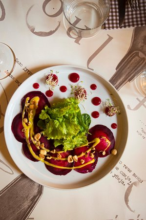 Beetroot Salad alla #Project72  Thinly sliced betroot filled with cheese and parsley mousse in combination with organic letucce salad with citrus dressing, betroot jelly and a handful of walntus or hazelnuts.  It's the best friend of the meat snacks from our menu 💞