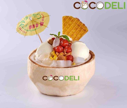 Coconut Ice Cream (3 scoops)