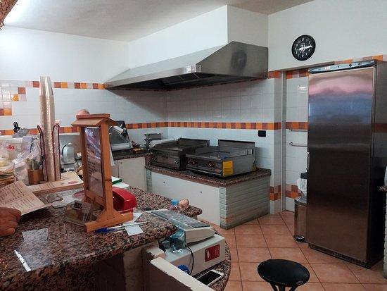 "panoramica sulla "" cucina  """