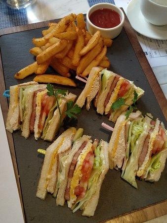 Club Sandwich 會所雞肉三明治