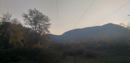 Khashuri, Georgië: at the foot of Mtatsminda mt. Kvishkheti