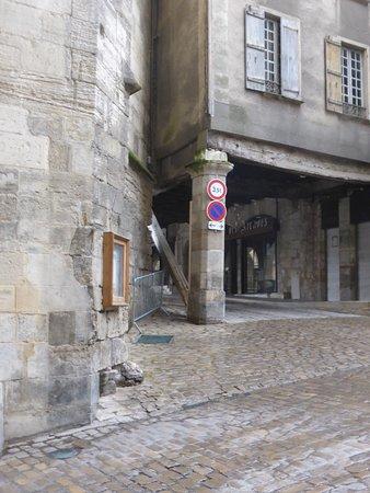Villefranche-de-Rouergue, فرنسا: Cartoline da Villefranche-de-Rouergue, Francia