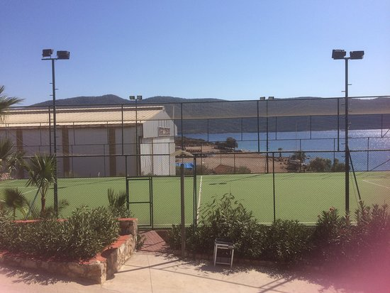 Volleyball/Football parks, Tennis Courts