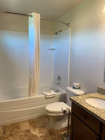 Townhome Suite Bathroom