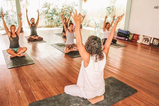 Yoga Dunia Lembongan