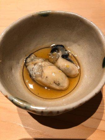 すし匠, 最初の10品。お寿司というよりは創作海鮮料理。