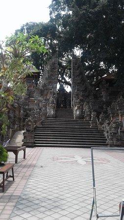 Entrance to Pura Dalem Ubud