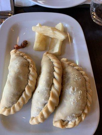 Aqva Restaurant: Empanada, não deixe de provar!