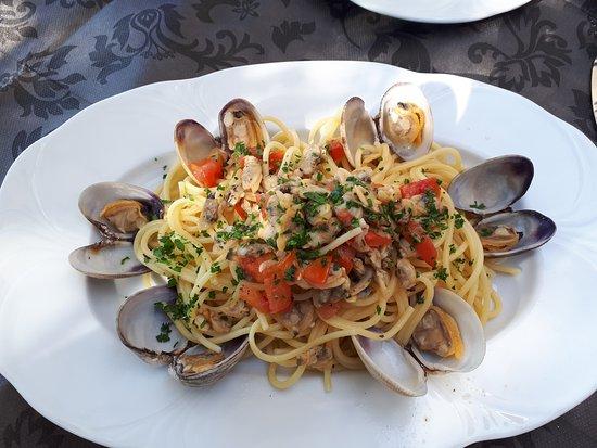 Isola Madre, Italië: Pasta Meeresfrüchte