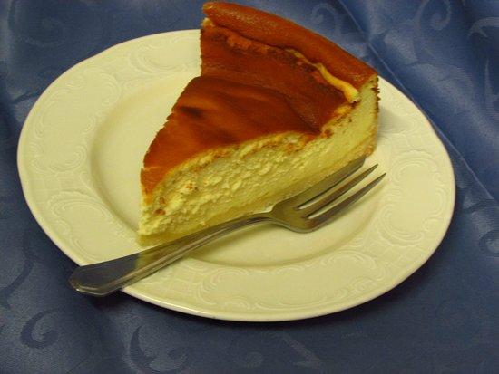 Die Kuchen und Torten sind bei uns hausgemacht