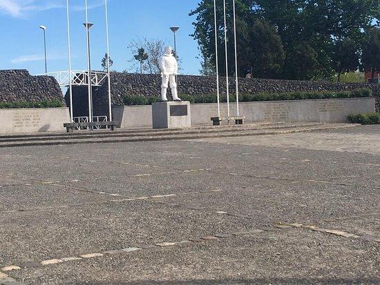 Plaza Memorial Martires De Antuco