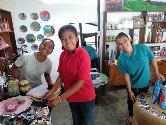 Aileu District, Øst-Timor: We have prepared everything with love and care so that you will find a special memory of Timor, for the people you love and are waiting for you at home!