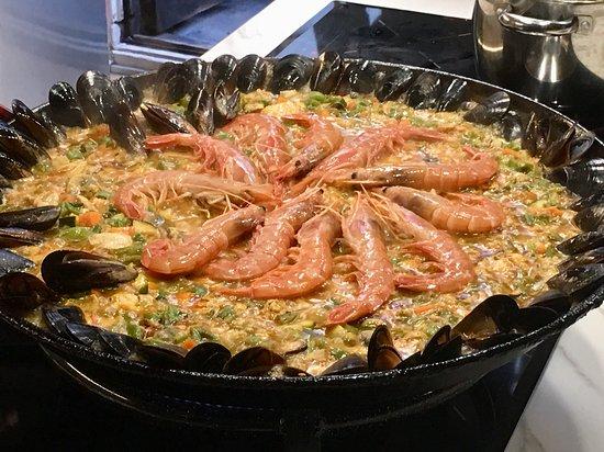 Beautiful delicious Paella!