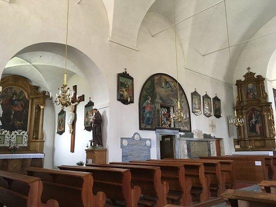 Kath. Filialkirche Hl. Dreifaltigkeit, ehem. Kapuzinerkirche