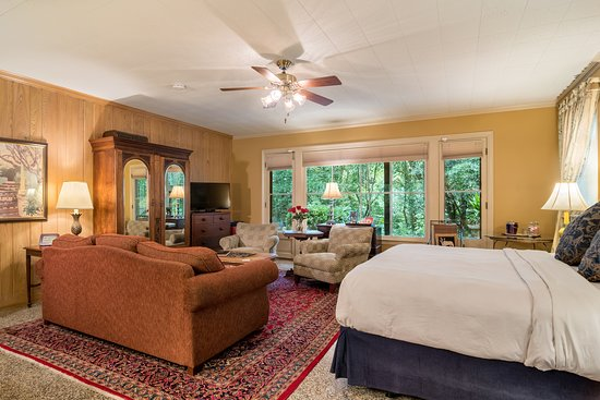 The Rex Room! One of our most requested rooms by our repeat guest!