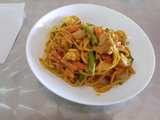 Nevertire, Úc: Chicken Noodles