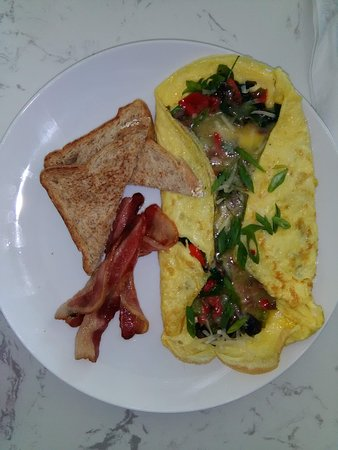 Maraval, Trinidad: Breakfast Omelette with Spinach