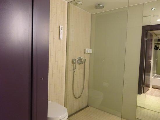 シャワールーム(バスタブなし)