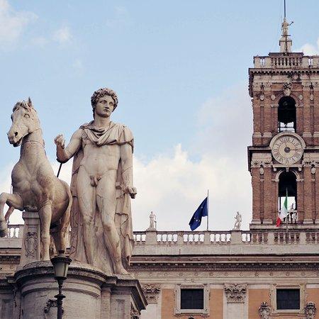 La statua di Castore
