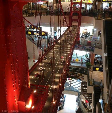 Terminal 21 Mall Pattaya Thailand by Stefen Turner