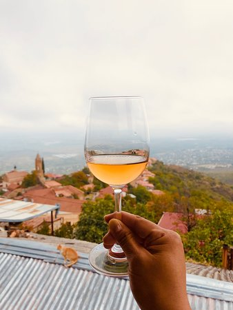 Full Day Private Wine Tour in Kakheti Region with Lunch and 3 Wine Tastings: Amber wine at first winery at Signagi