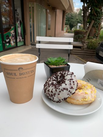 La Reina, Chile: Café y Donuts para Servir