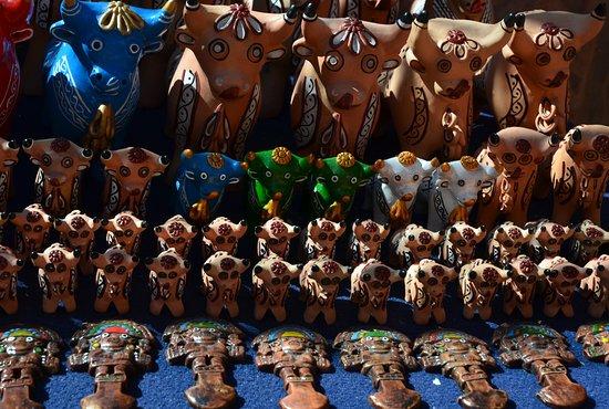 Pucara, Peru: Torito de Pucará - malí býčci pro štěstí