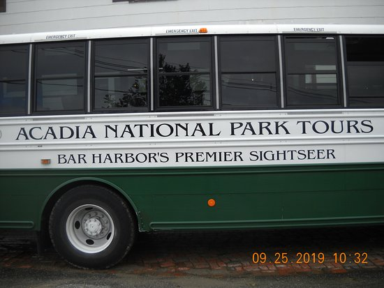 Narrated Bus Tour of Bar Harbor and Acadia National Park (Classic - 2.5 Hours): The old but still functional bus.