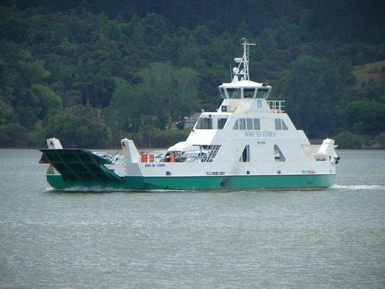 Horeke, Nieuw-Zeeland: Rawene Car Ferry